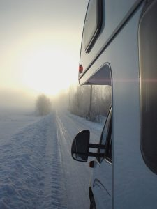 winter_picture_motorhome