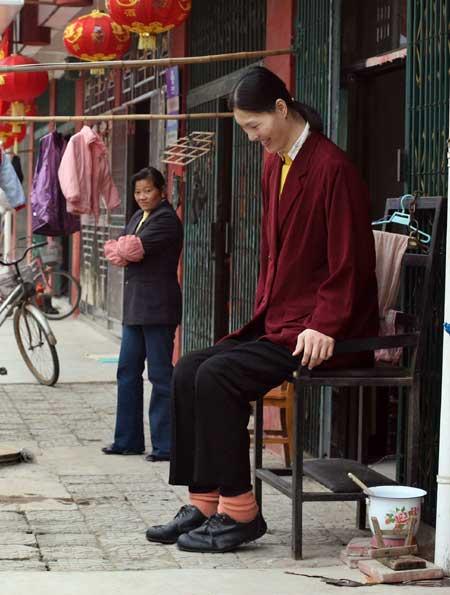 Yao Defen, la mujer más alta de Asia