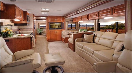 four-winds-hurricane-class-a-motorhome-interior-1