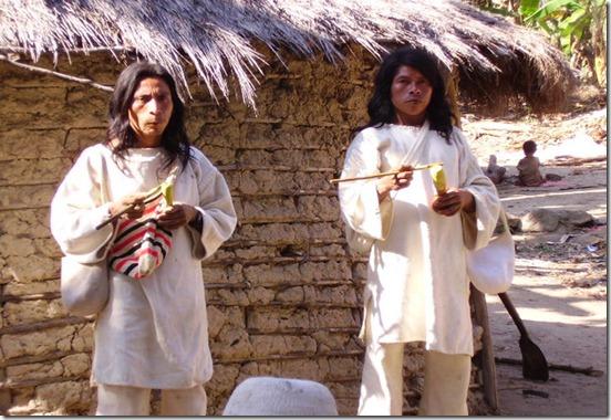 Indígenas Kogui adoptaron a dos 'hippies'