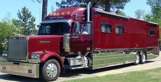 B 2005-Western-Star-Chassis