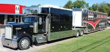 U 2008 Toterhome United Specialties 14ft Toterhome with 51ft Liftgate Trailer For