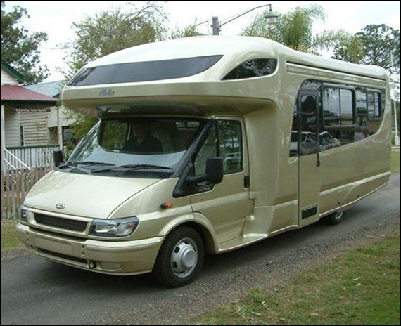 Melino_Motorhome_silver_gold