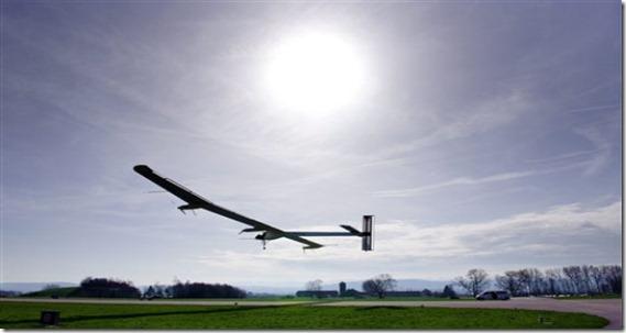 Solar-Impulse-First-Flight_