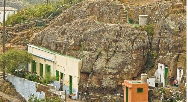 Buscan la forma de erradicar el rad n de las casas cueva for Se vende casa tenerife