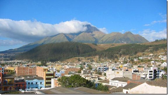 Otavalo_Imbabura_nina_urkuwan