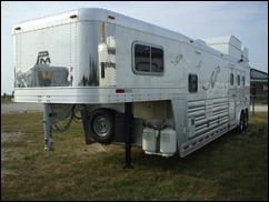Platinum Coach Outlaw 3 horse 12' 2012