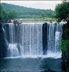 jinpolakewaterfall