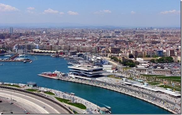 Valencia es la ciudad más barata para hacer la compra