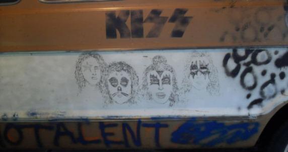THE MELVAN. Ägd av rockbandet The Melvins - rattad av Kurt Cobain.1