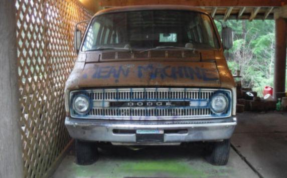 THE MELVAN. Ägd av rockbandet The Melvins - rattad av Kurt Cobain.2