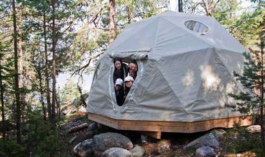 GLAMPING_island lodge