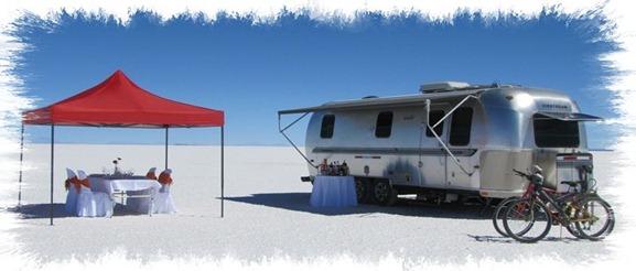 Acampa en el desierto de sal