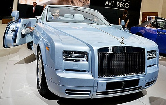 Rolls-Royce-Phantom-Drophead-Coupe