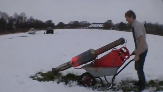 jet_powered_snow_blower_homemade