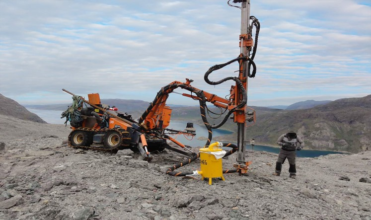 Diamond-Drilling-Rig - Tambreez