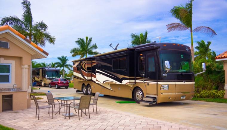 Naples_Motorcoach_Resort