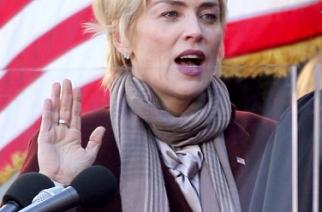 """Sharon Stone, vicepresidenta de EE.UU. en """"Agent X"""""""