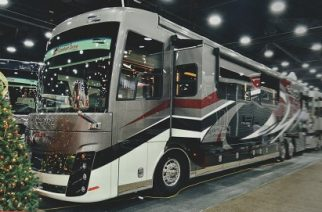 RVIA Trader Show, Louisville (2) – NEWMAR King Aire