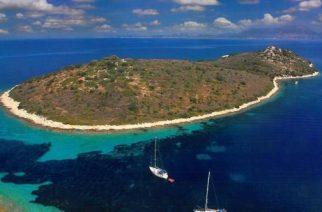 Angelina Jolie y Brad Pitt quieren comprar la isla de Gaia