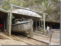 Pitcairn%20longboat