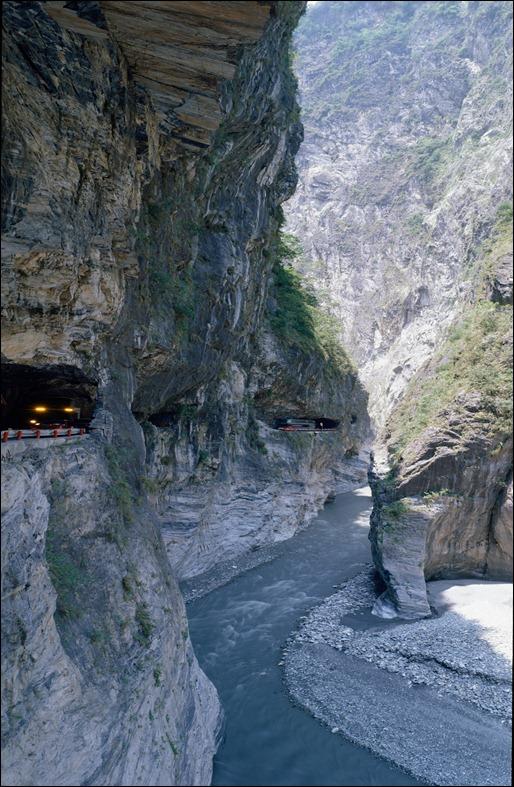 Taroko Gorge Road in Taiwan (Chungheng)