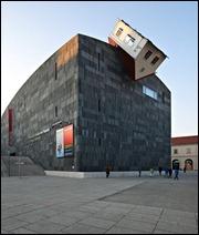 Erwin Wurm House Attack Viena, Austria