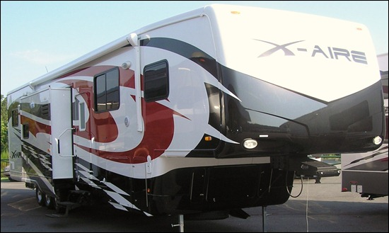 Newmar X-Aire 40CKSH Toy Hauler Fifth Wheel