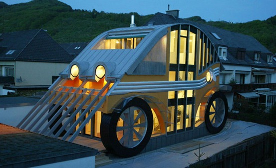 car_house_in_austria