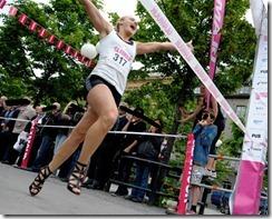 elin bjerre ganadora 100 m tacones altos STILETTO RUN Estocolmo