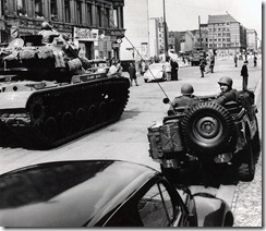 Checkpoint_Charlie_Standoff_1961