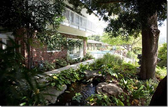 E TAYLOR home-rear-garden