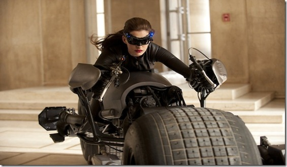 anne hathaway selina_kyle-catwoman