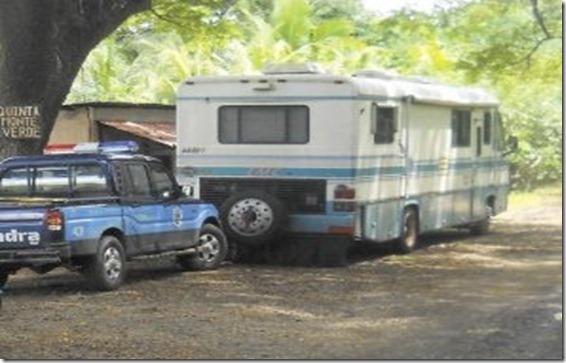 Patrullas policiales se movilizaron hacia el sector de la quinta Monte Verde, comunidad El Garabato.