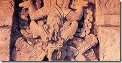 figura_estuco_templo_dios_descendente_tulum