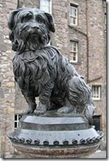 estatua de Bobby en Edimburgo