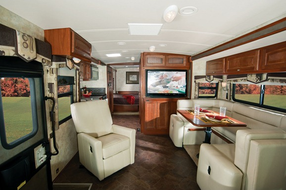 Winnebago Sightseer 30A))