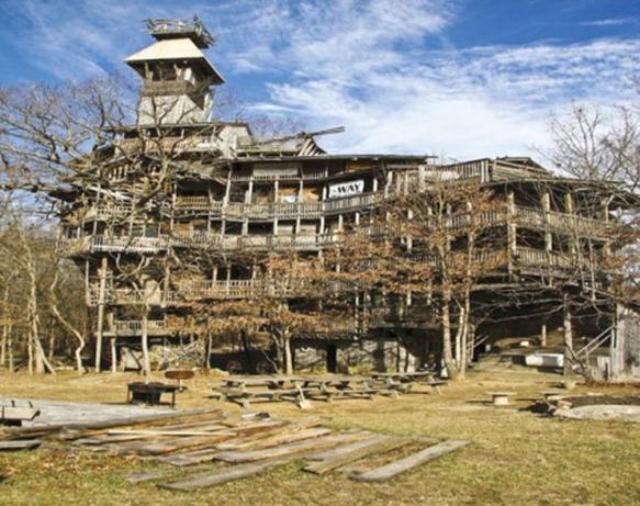 world-s-tallest-treehouse-