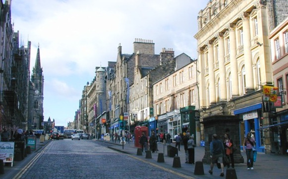 Edinburgh_high_street