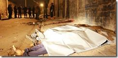 Corpos de três vítimas de chacina ficam estirados em rua de Santo André (cracolândia)