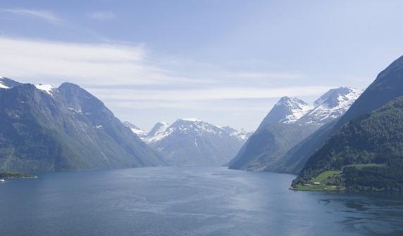 Hjørundfjorden-