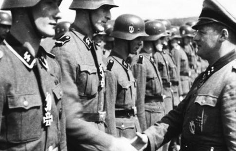 SS-pansardivisionen Wiking