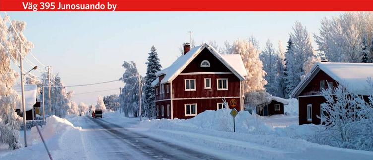 Carretera_395_pueblo_de_JUNOSUANDO_,_muicipio_de_Pajala,_condado_de_Norrbotten