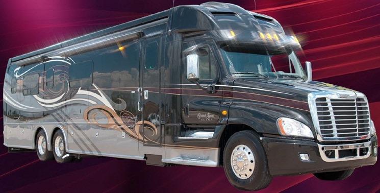 2014 Dynamax Grand Sport Ultra Luxury Super C Diesel (