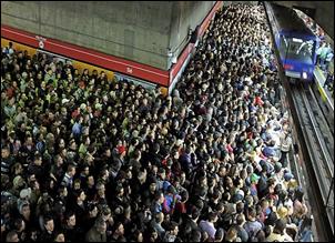 metro_-_horas_punta_-_são_paulo