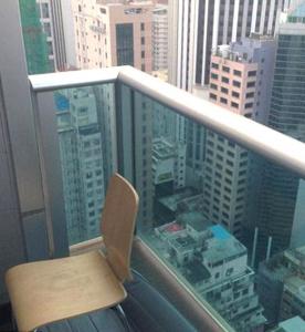 Balcón_del_apartamento_de_los_asesinatos