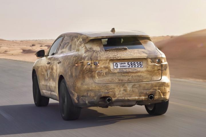 Jaguar_F-Pace-Dubai