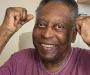 Pelé (80), se recupera